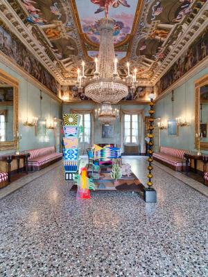 allestimento di Alessandro Mendini a Palazzo Moroni (Bergamo, 2013)